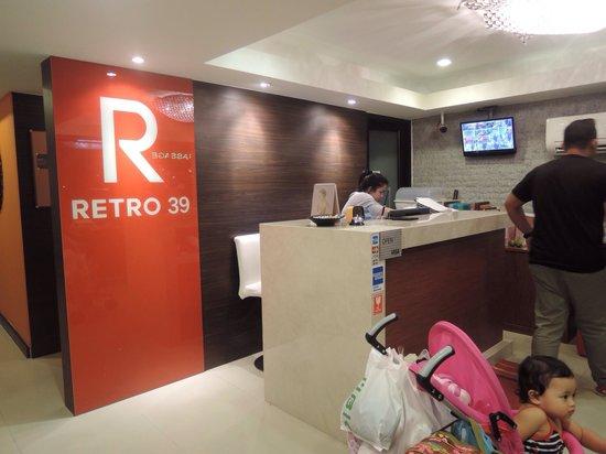 Retro39: lobby