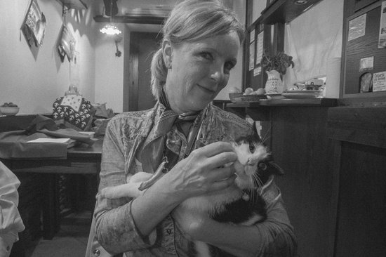 Osteria dei Borboni : The cat slipped in with a visiter