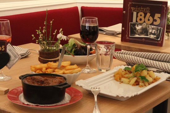 Bistro 1865 : EXCELLENT FOOD ON A TRADITIONAL WAY SERVED
