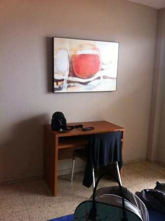 Hotel Oasis Park : chambre 712