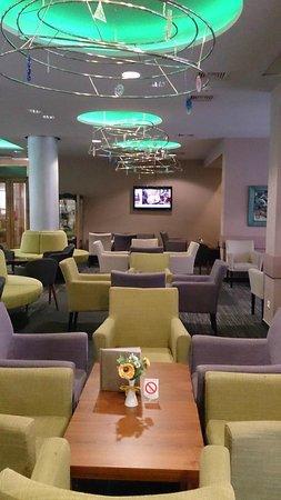 Hotel Zlatibor Mona: hotel dining room