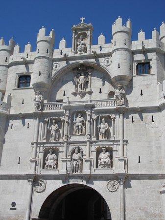 Arcos de Santa Maria : Detalhes