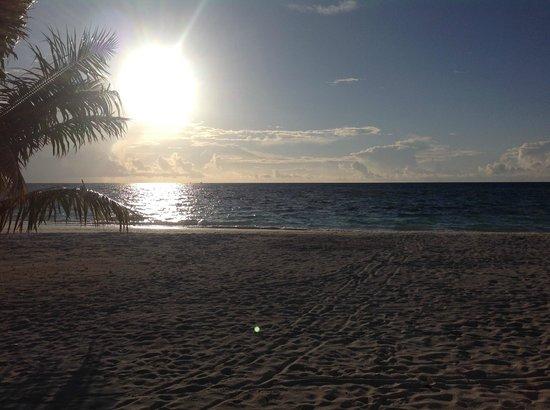 LUX* South Ari Atoll: Stunning sunset