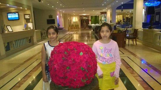 Radisson Blu Hotel Chennai : Grand lobby
