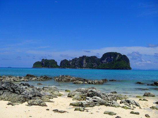 Andaman Leisure Phuket Co., Ltd.: Phi Phi