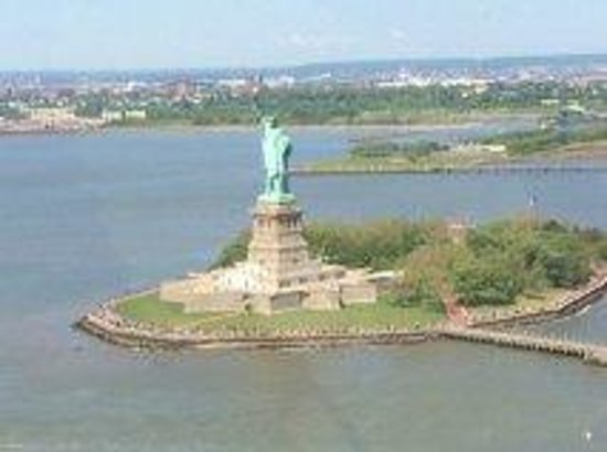 Zip Aviation - Helicopter Tours & Charters : Statue of Liberty
