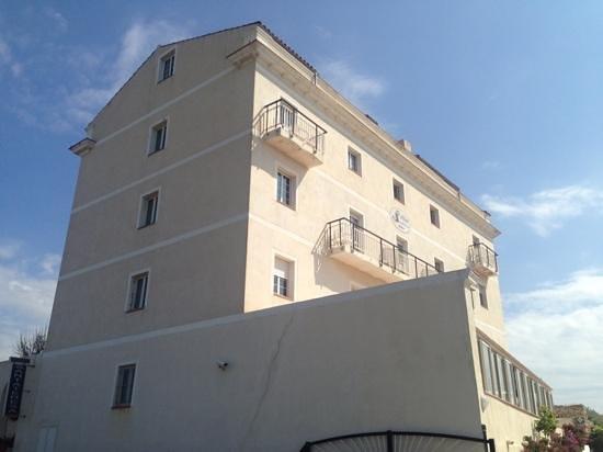 Santa Teresa Hotel : front view