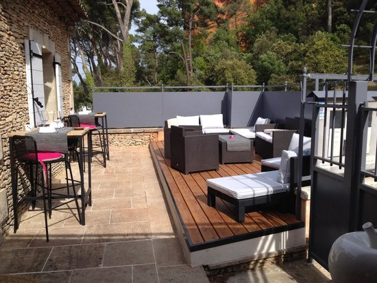terrasse lounge picture of le piquebaure roussillon tripadvisor. Black Bedroom Furniture Sets. Home Design Ideas