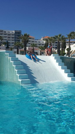 Grand Muthu Oura View Beach Club: Fab pool for kids