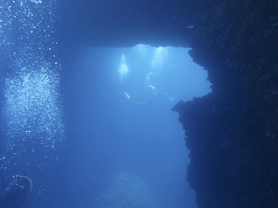 Moby Dives: Blue Hole
