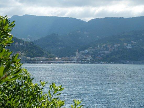Villaggio Smeraldo : Vue sur Moneglia