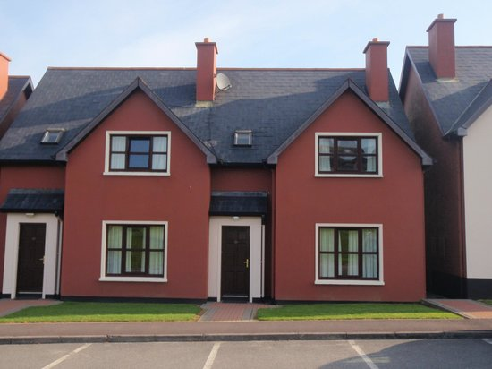 Clonakilty Park Hotel: Holiday Homes, across the car park from main building