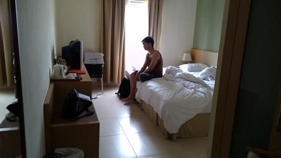Luwansa Hotel: kamar tidur
