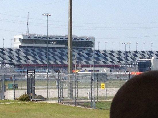 Daytona International Speedway: Circuito oval