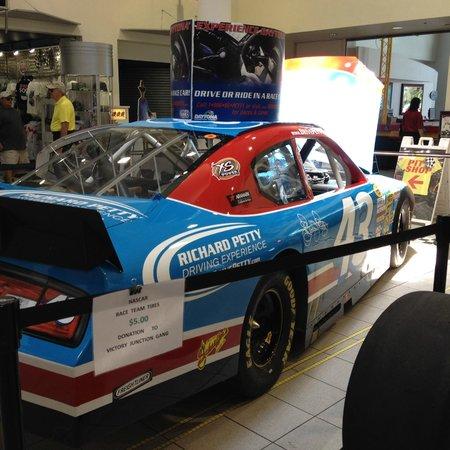 Daytona International Speedway: Carro Nascar