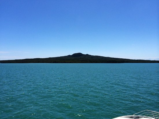 Rangitoto Island : View from the ferry