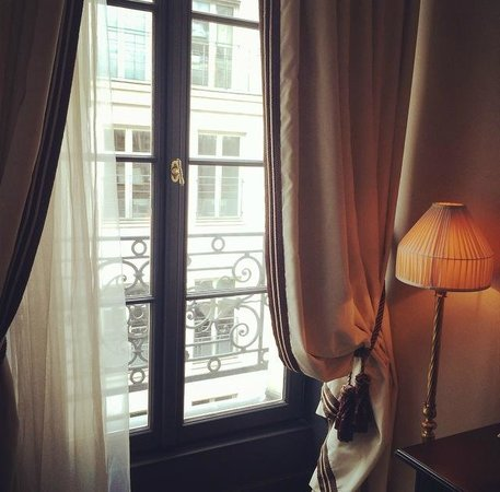 Maison Athénée : street view