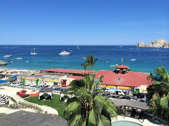 Casa Dorada Los Cabos Resort & Spa: View of Medano Beach