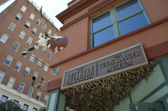 The Buckhorn Saloon and Texas Ranger Museum: Outside Buckhorn
