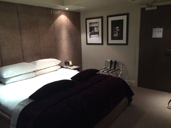 Radisson Blu Edwardian Bloomsbury Street: Bed, Deluxe room