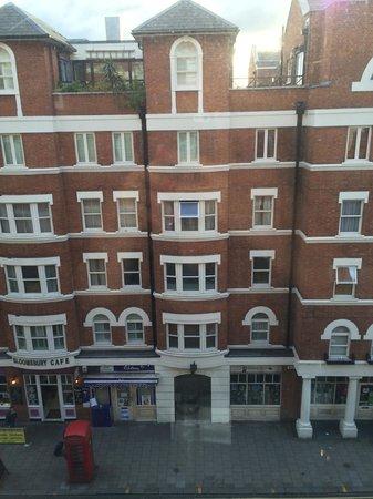 Radisson Blu Edwardian Bloomsbury Street: View from room