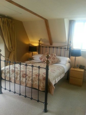 The Belfry at Yarcombe: Tennyson room