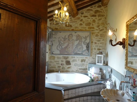 Villa San Crispolto: Bridal Suite