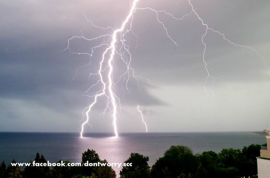 Sol Nessebar Palace: lightning storm over the bay