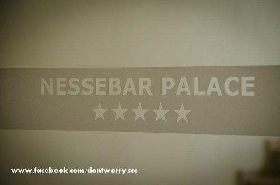Sol Nessebar Palace: door logo