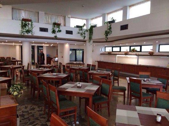 Grand Hotel Sunny Beach: Dining