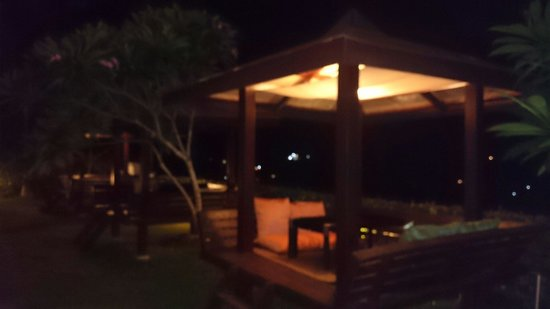 Grand Vista Boracay Resort & Spa: Cabana night view