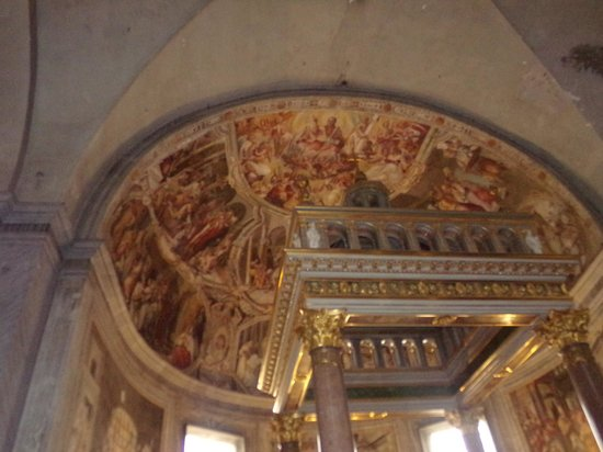 San Pietro in Vincoli: frescoe's