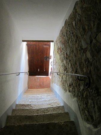 Podere Alberese: Scala di accesso alla camera