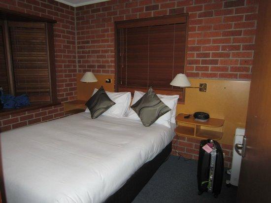 Woolmers Apartments: Bedroom 1