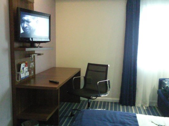 Holiday Inn Express London City : tv