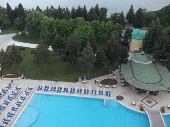 Sol Nessebar Palace: View from our balcony from the 8 floor.