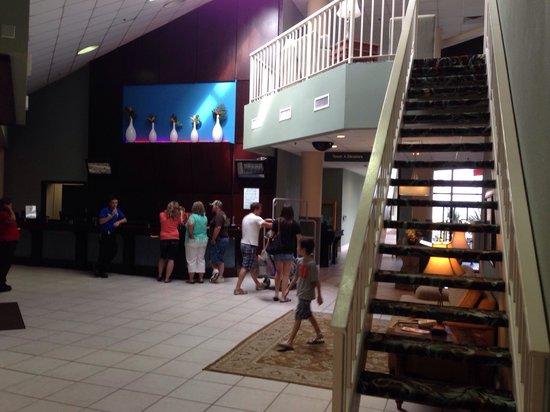 Beach Cove Resort: Lobby