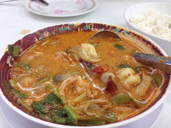 Koti Restaurant: Best Tom Yum Goong ever!