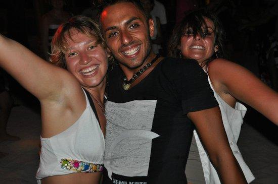 VOI Maayafushi Resort: mit Spaß bei der Arbeit - Jessica, Vito und Veronica (Staff)