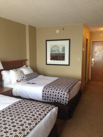 Crowne Plaza Hotel Kansas City Downtown: Double bed room