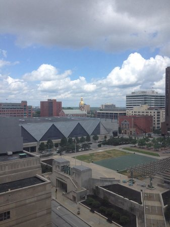 Crowne Plaza Hotel Kansas City Downtown: View from the 14th floor.