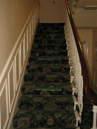 Hyde Park West: Stairway