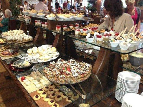 Dobyns Dining Room: Dessert table
