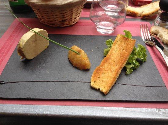 Chez Peyro : Foie gras de canard maison et chutney de fruits