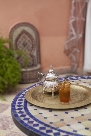 Maison Arabo Andalouse: mint tea