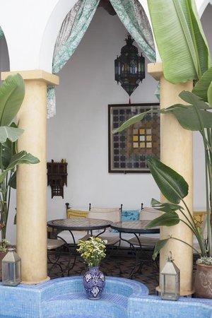 Maison Arabo Andalouse: breakfast area