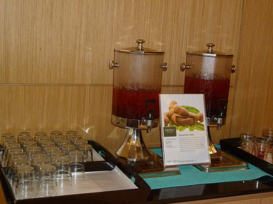 PARKROYAL Serviced Suites Kuala Lumpur : Complementary drink at the reception