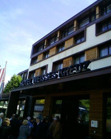 Hotel Weißes Kreuz: façade hotel