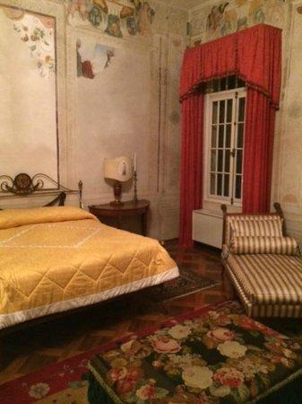 Villa Pisani: Gold Guest Room