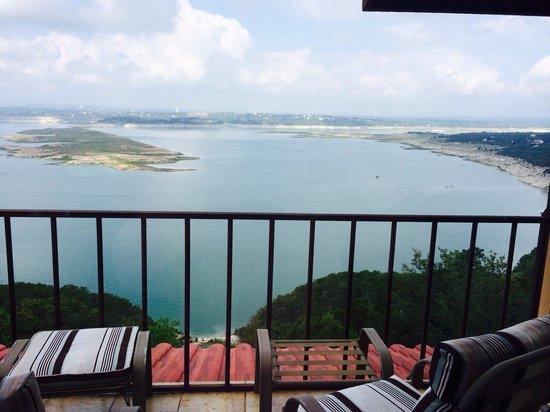 La Villa Vista: View from Penthouse balcony lake side